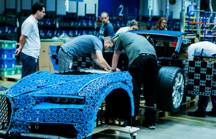 constructing the Bugatti Chiron LEGO car