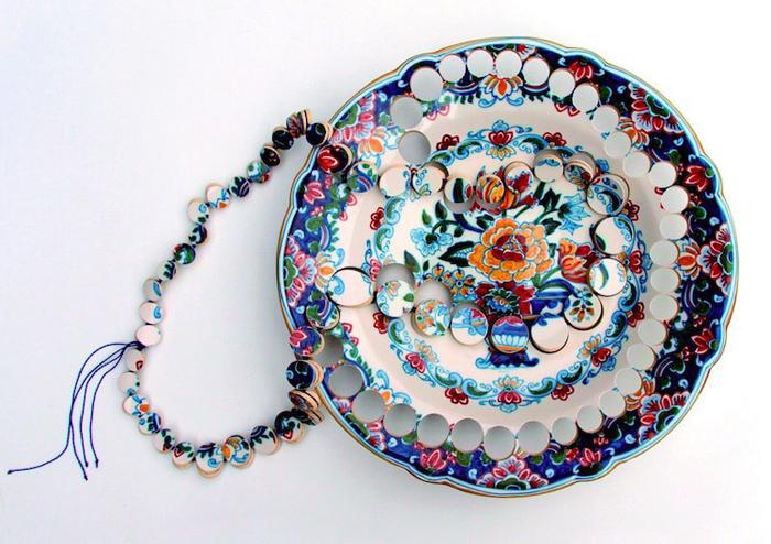 gesine hackenberg ceramic jewelry antique plate