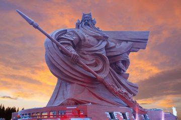 guan yu statue jingzhou city