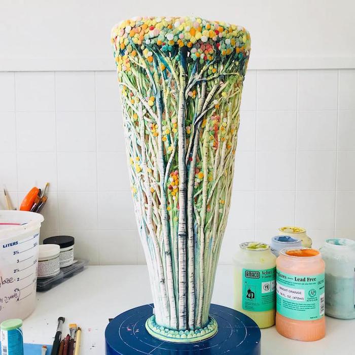 heesoo lee colorful ceramic vessels