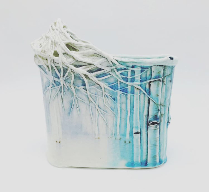heesoo lee winter-themed ceramic vessels