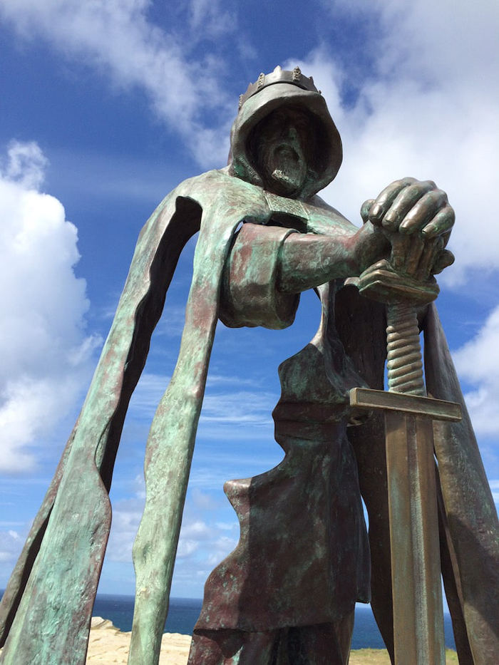 king arthur bronze sculpture tintagel