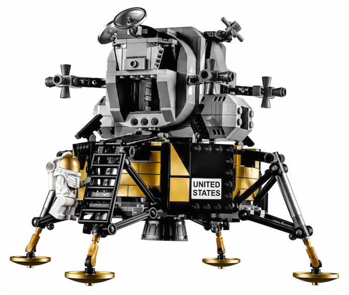 lego apollo 11 lunar module replica