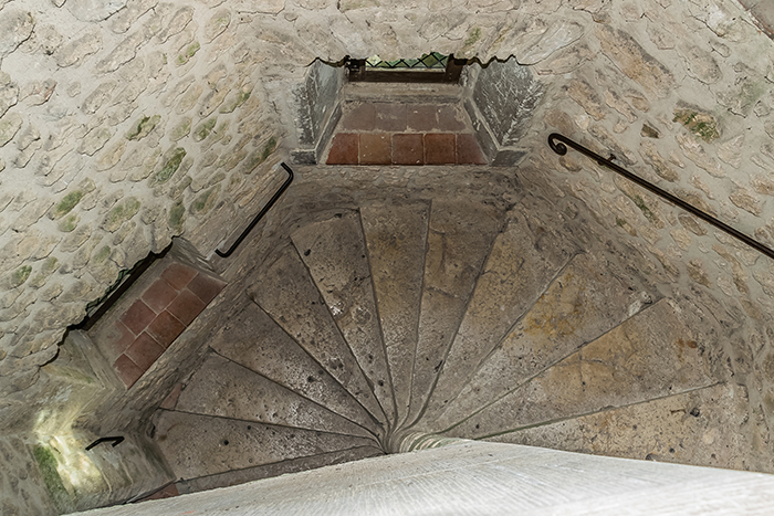 medieval castles spiral staircases