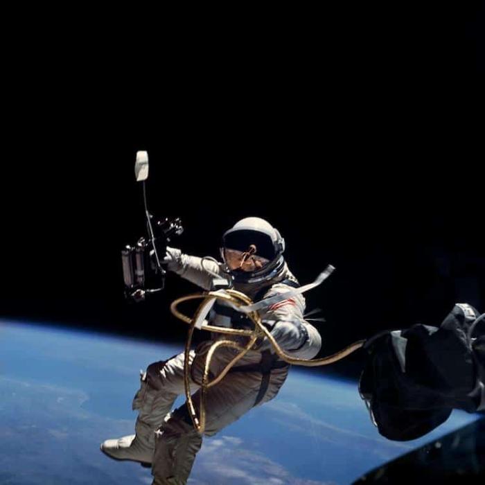 moon mission NASA photos online