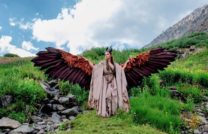 out in nature maleficent cosplay animatronic wings drisana litke drizzy designs
