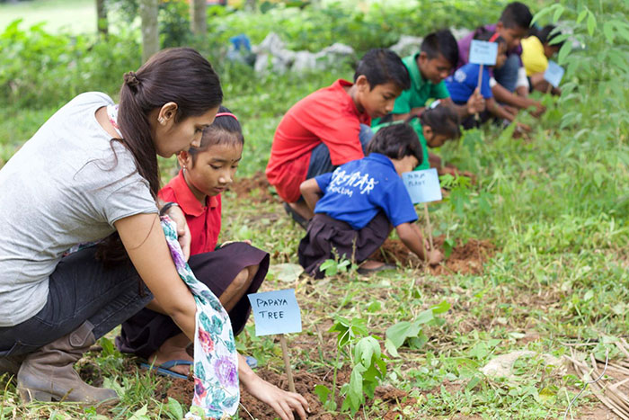 philippines students plant 10 trees requirement