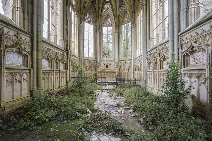 romain thiery abandoned places