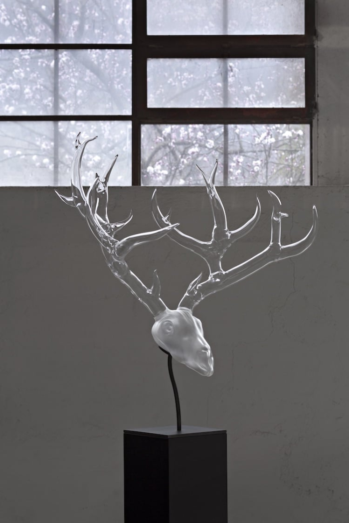 simone crestani blown glass sculptures goat head by the window