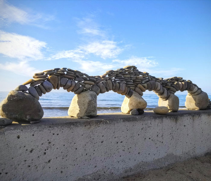 stacked stone arches interesting beach things