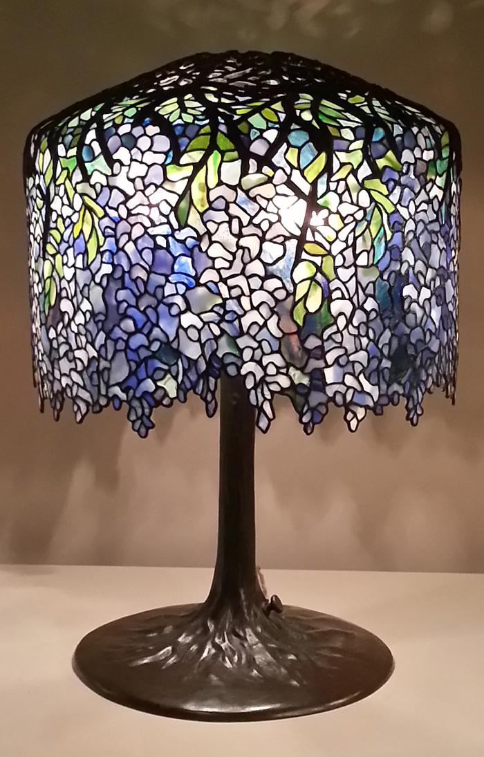 wisteria tiffany lamp
