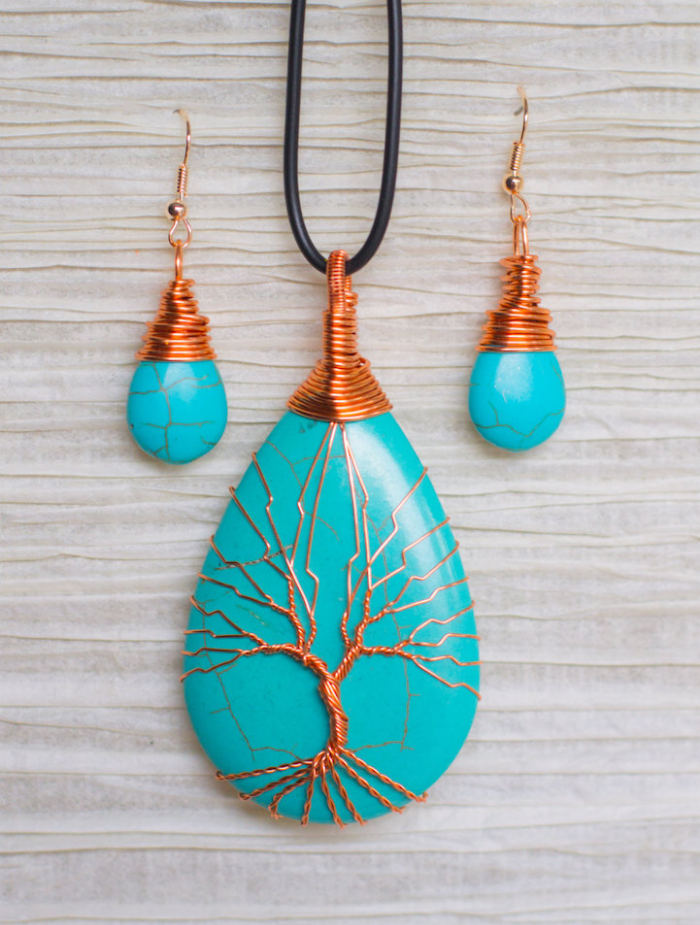3 blue pieces recycled beautifully wire jewelry