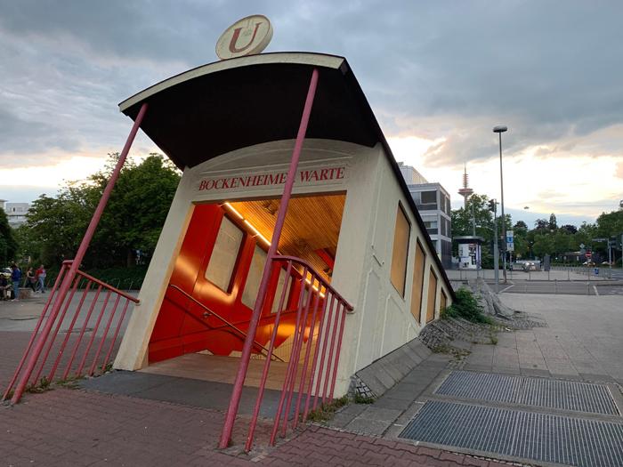 bockenheimer warte frankfurt subway station entrance