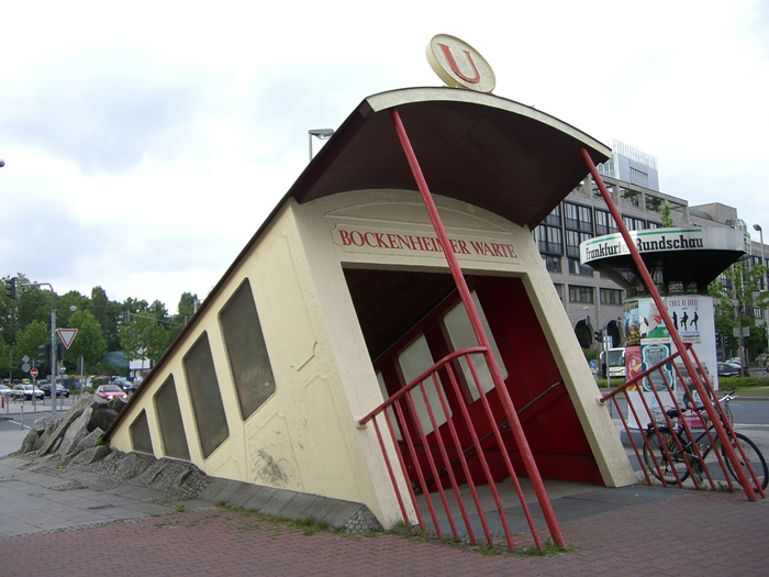 bockenheimer warte subway station entrance