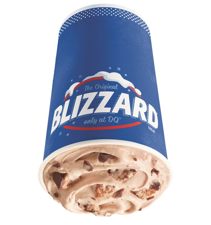 dairy queen snickers blizzard