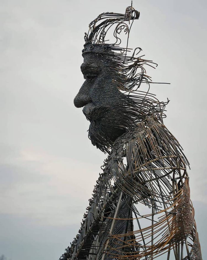 darius hulea metal wire sculptures ferdinand i detail