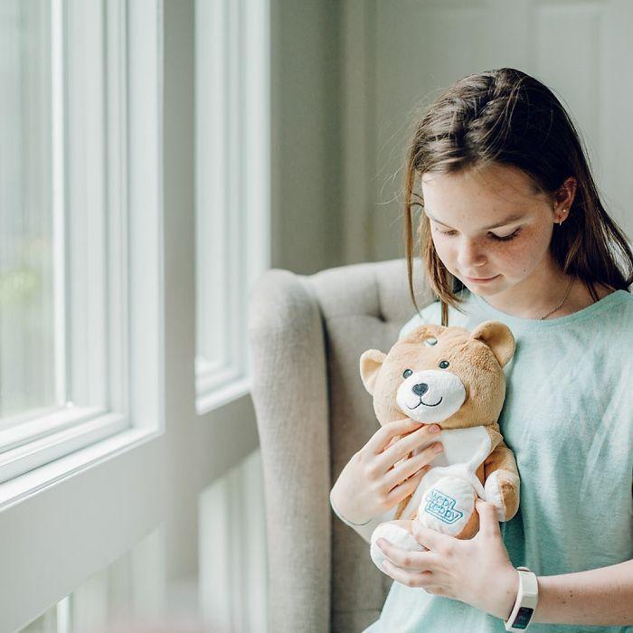 ella casano medi teddy