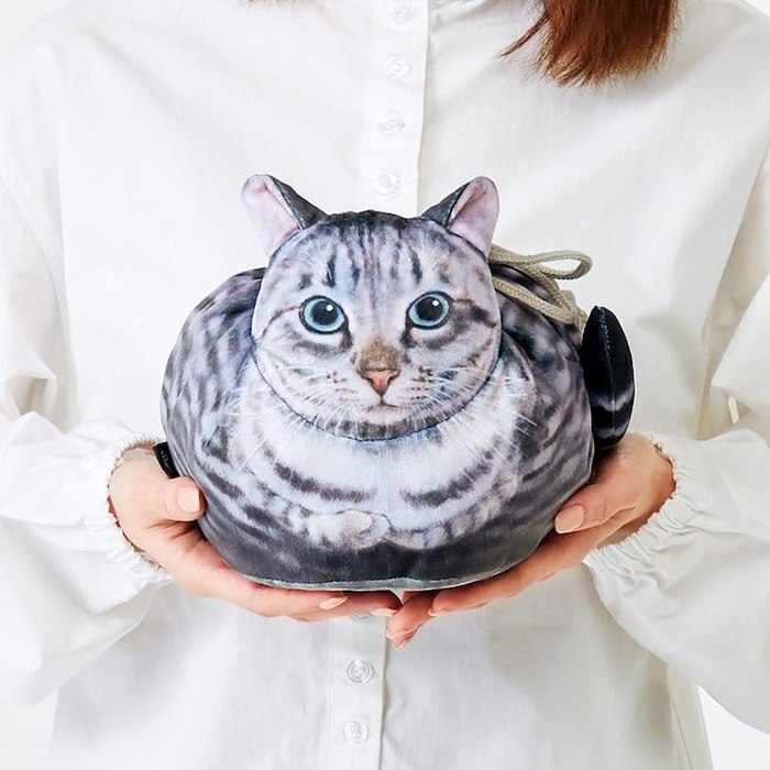 felissimo cat-shaped bags silver tabby design