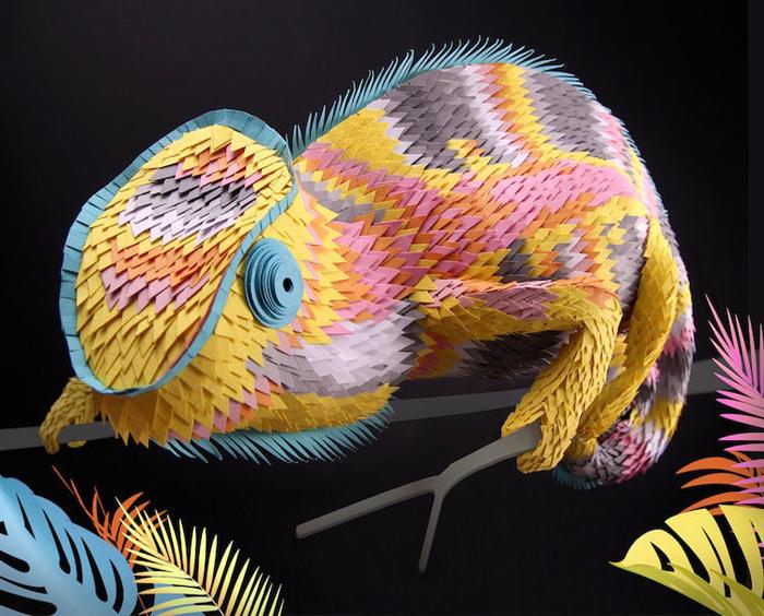 lisa lloyd 3d paper sculptures chameleon