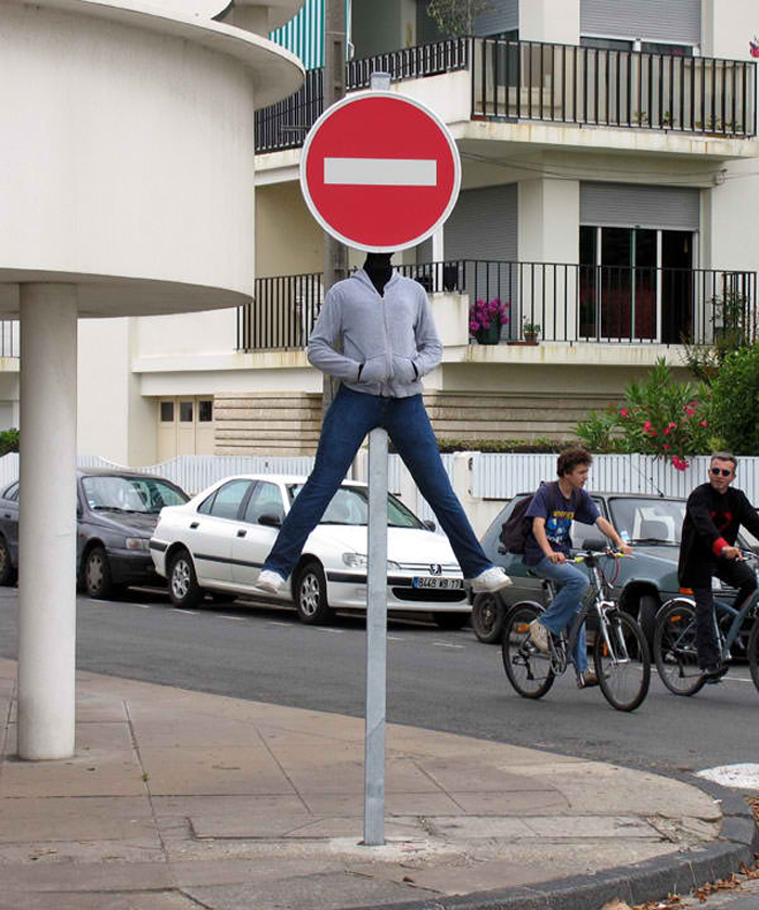 mark jenkins realistic mannequins stop sign royan france
