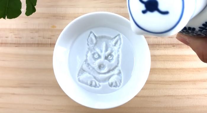 redestu sauce dish dog painting
