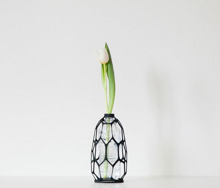 sample design with flower 3d vases recycling plastic bottles libero rutilo