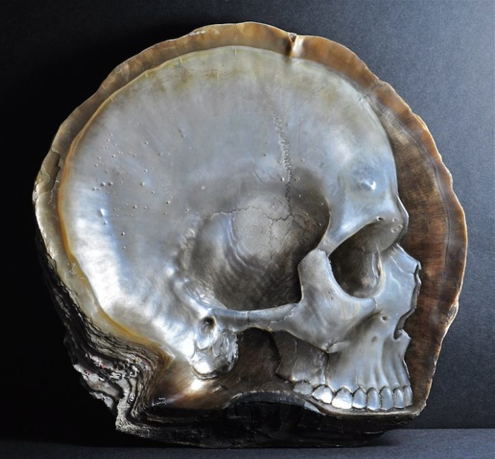 sample of gregory halili shell skull carvings