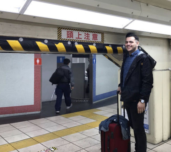 tall people problems japan tourist