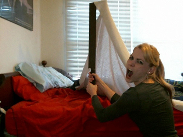 zohbugg uruk-hai sword making the bed