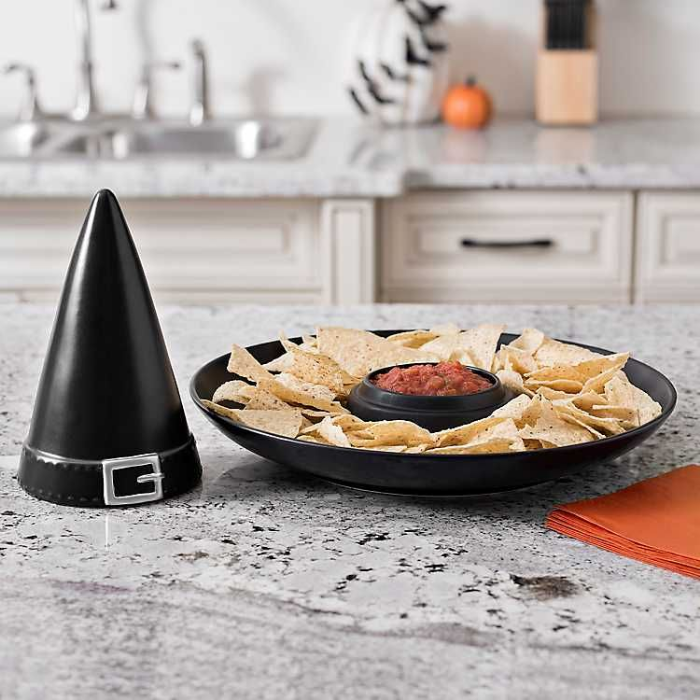 black witch hat halloween party decoration ideas