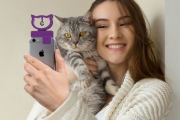 bubblegum stuff cat selfie device