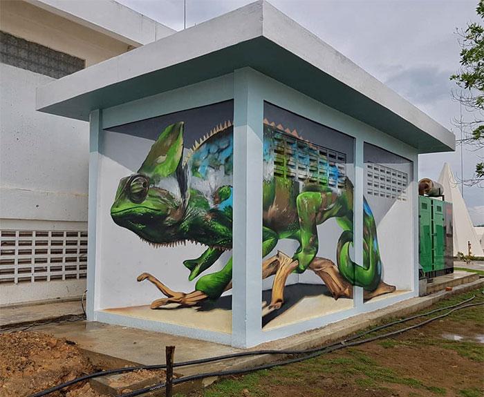 creature graffiti object transformations bus artist odeith