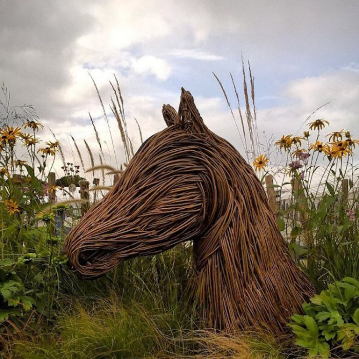 horse head outdoor sculptures anna and the willow