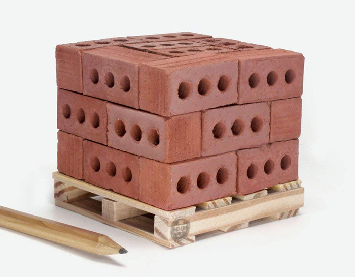 mini cement bricks red