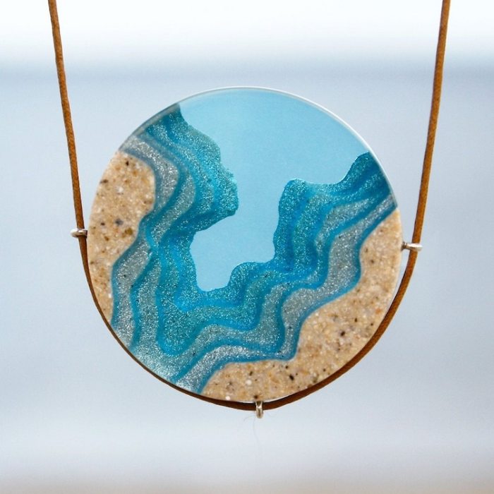 necklace sand and resin jewelry boldb