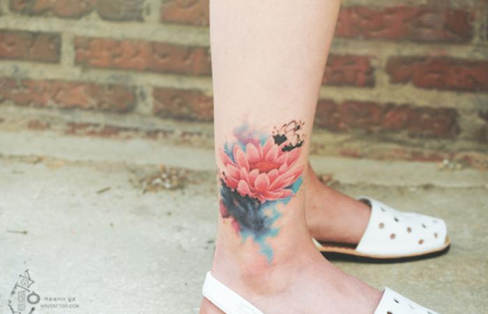 right lower leg best floral tattoo artists