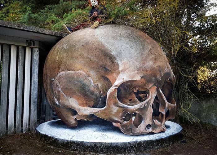 skull art graffiti object transformations bus artist odeith