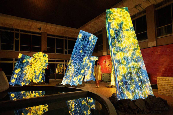 teamlab megaliths in the bath house sunflowers