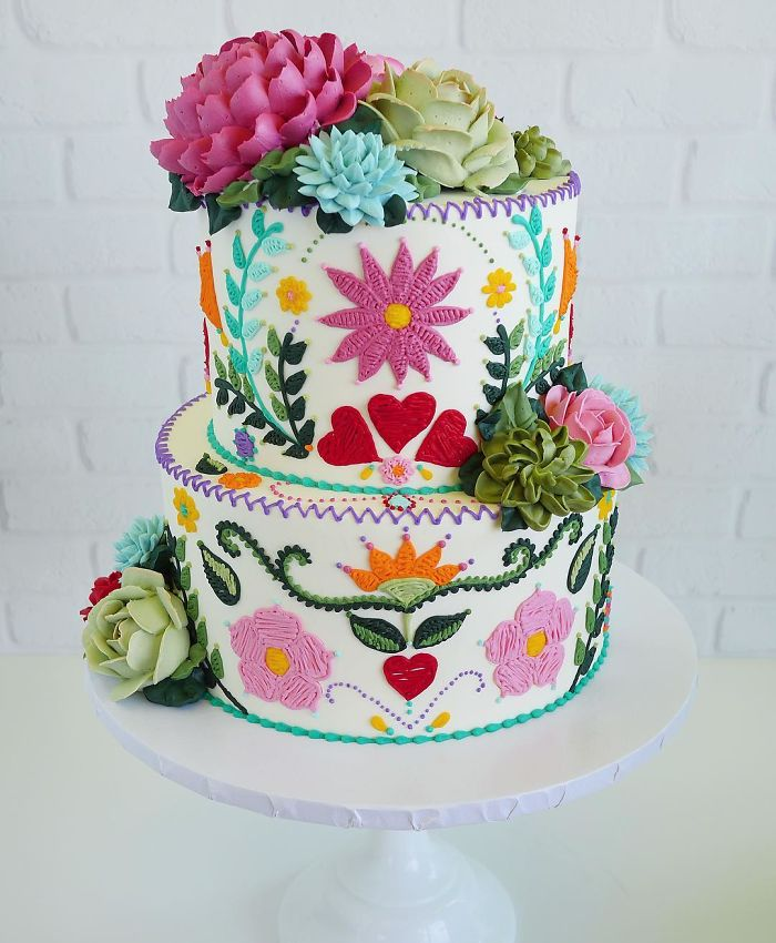 while cake with two layers embroidered patterns in cakes leslie vigil