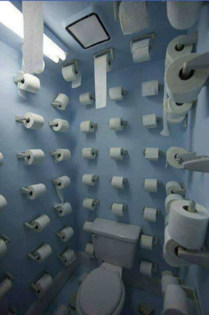 Toilet with unlimited toilet paper