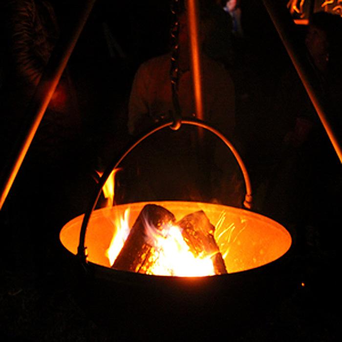 cowboy cauldron tripod fire pit firewood
