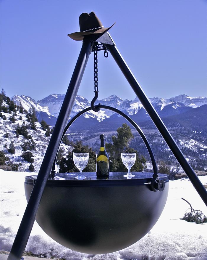 cowboy cauldron tripod fire pit
