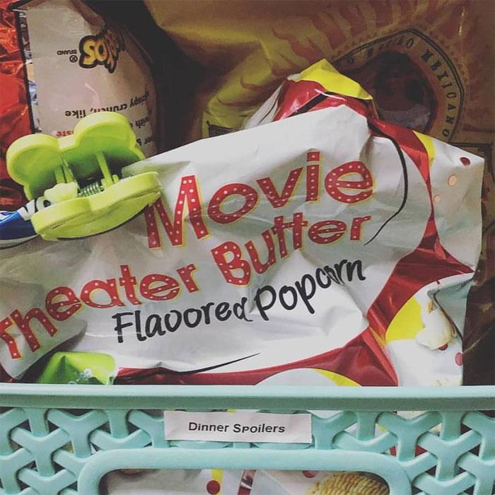 dinner spoilers sister label maker wedding gift