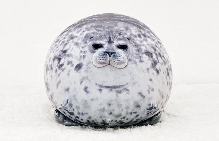 felissimo chubby yuki blob seal pillow