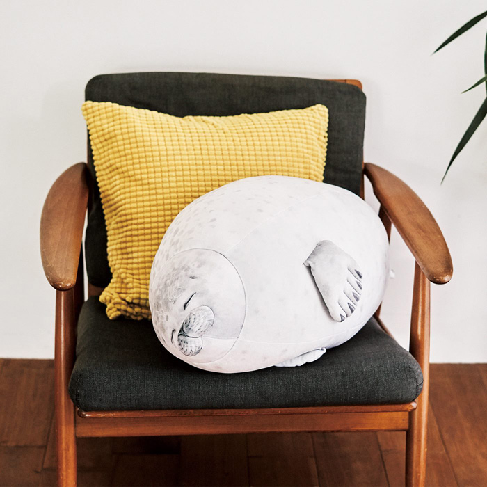 felissimo mellow arare blob seal pillow huggable cushion