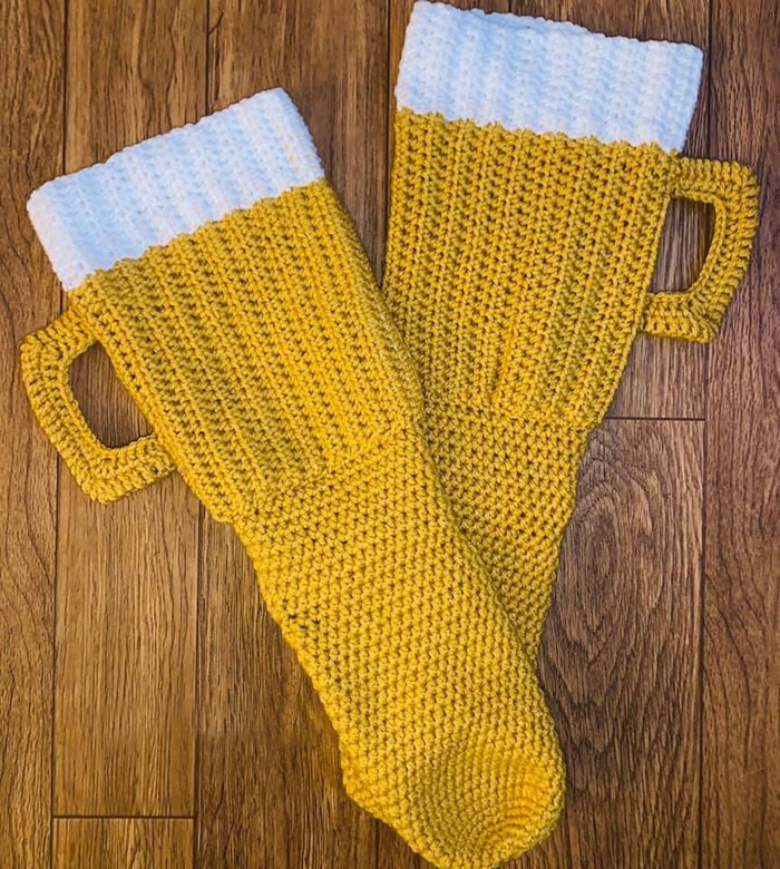 glennartistrycrochet beer mug socks digital pattern