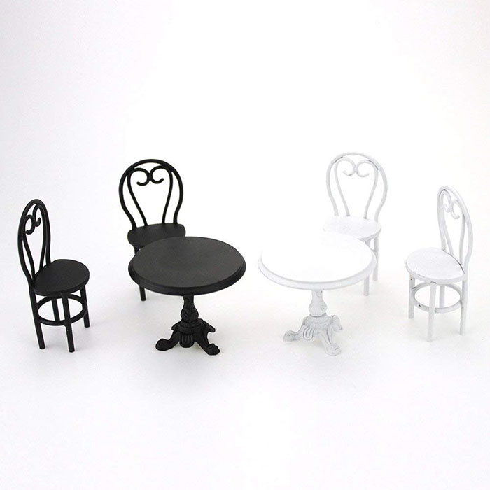 mini table black and white