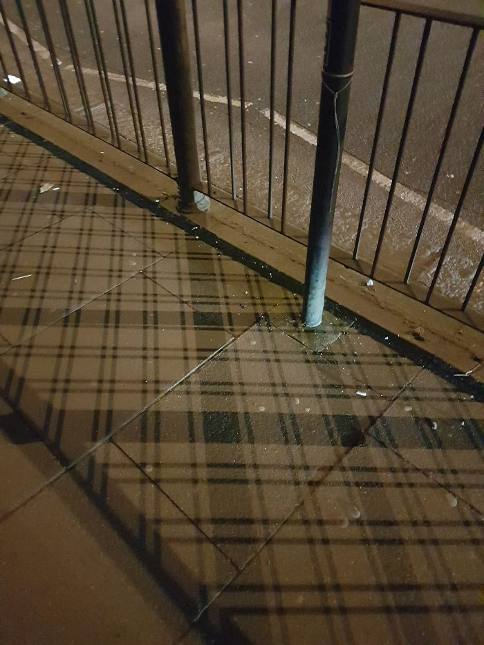 shadow optical illusions scotland plaid