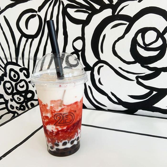 tokyo 2d cafe strawberry milk tea