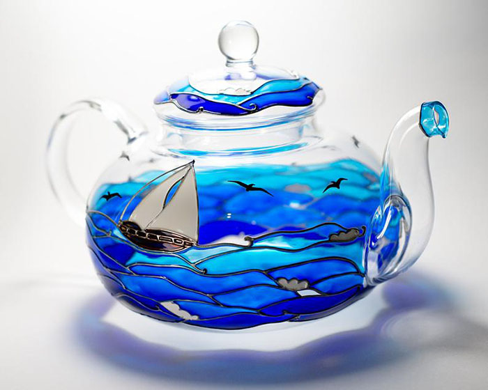 Hand-painted Beach Teapot by Vitraaze